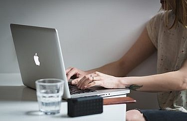 negative-space-woman-work-laptop-desk-office-burst