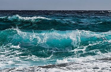 wave-3473335_1920